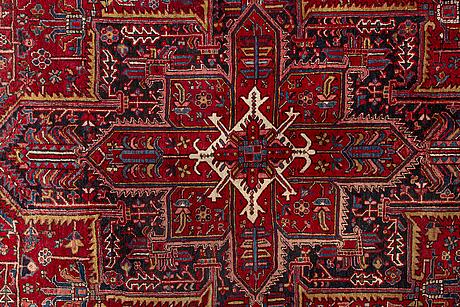 A semiantique heris carpet 404x290 cm.