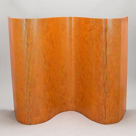 A wooden 'sebastian' screen/room divider, martela, finland.