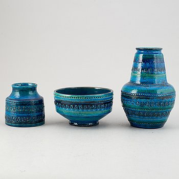 Aldo Londi, a set of five stoneware vases and a bowl, 'Rimini Blu', Italy, second half of the 20th Century.