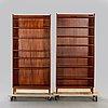 A pair of mahogany books shelves mid 1900s.