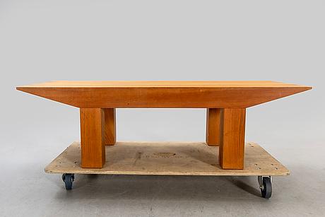 An oak pagoda coffee table by l.e gant, malmö.