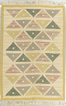 "Sigvard Bernadotte, a carpet, ""Harlequin"", flat weave, ca 204 x 135,5-137,5 cm, signed SB."