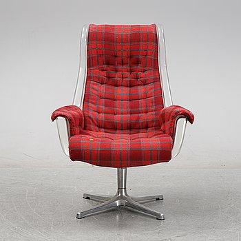 Alf Svensson & Yngvar Sandström, a 'Form'/'Galaxy' easy chair, Dux, 1970's.