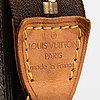 Louis vuitton, a monogram 'bucket' bag with pochette.