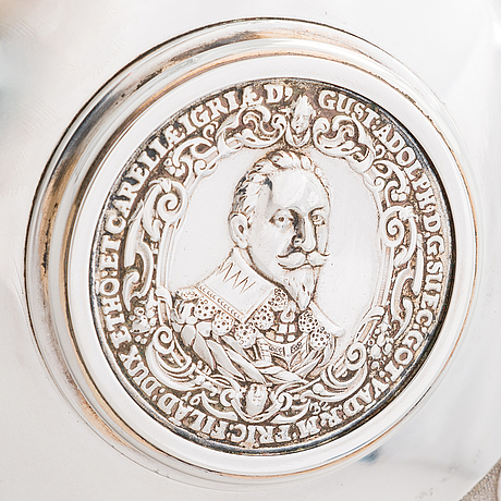 Juomakannu, hopeaa, ruotsi, 1900-luku.