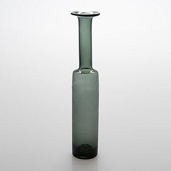 Nanny Still, a glass bottle, signed Nanny Still Riihimäen Lasi oy.