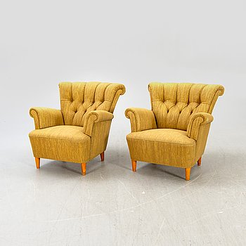 A pair of 1940:s Swedish Modern easy chairs.