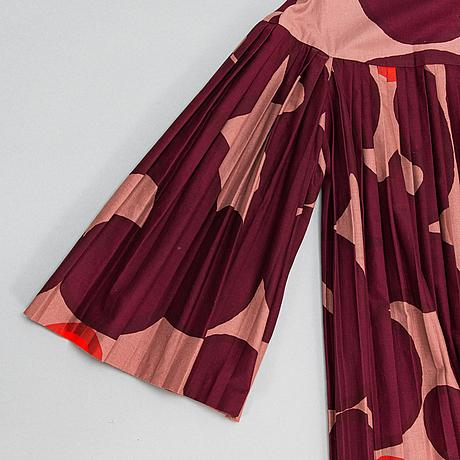 "Marimekko, pleated dress, print ""keidas"", by annika rimala, 1967."