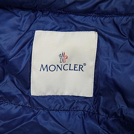 Moncler, dunjacka, storlek 2.