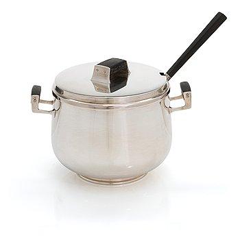 Mauno Honkanen, A silver sauce bowl with ladle for Tillander, Helsinki 1957.