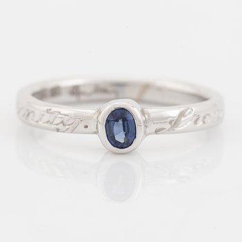 Efva Attling, 18K white gold and sapphire ring.