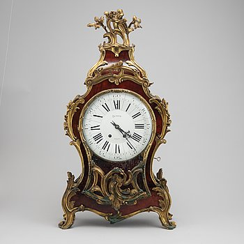A French Louis XV-style bracket clock, second half of the 19th Century.