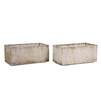 Stina Lindholm, ytterfoder i betong, 2 st, Skulpturfabriken.