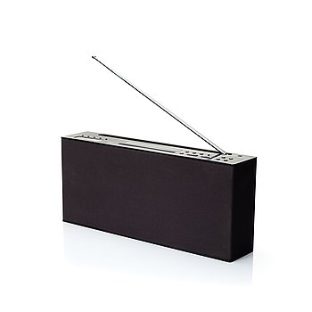 Radio & CD-player.