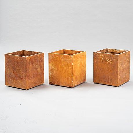 Stina lindholm, 'basic', 3 pcs contemporary concrete flower pots, skulpturfabriken.