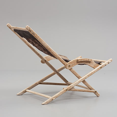 A lounge chair, mid-20th century.