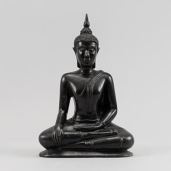 A Thai bronze buddha, 20th Century.