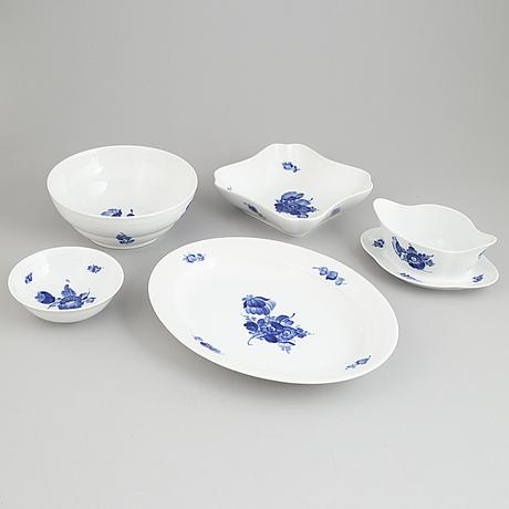 A 103 piece porcelain service, 'blå blomst', royal copenhagen, denmark.