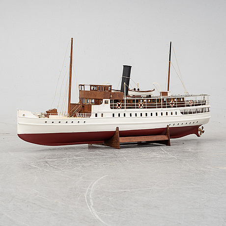 An end of the 20th century ships scale model of the steamer 'bohuslän'.