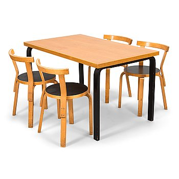Alvar Aalto, a mid-20th century '81' dining table and four '68' chairs for Artek.