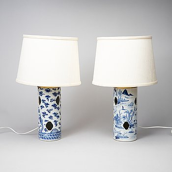 Two Chinese porcelain hat stands converted to table lamps. Late Qing dynasty, 19th century.