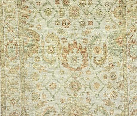 A carpet, mamluk design, ca 279 x 183 cm.