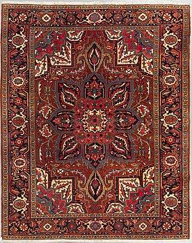 A carpet, semi-antique Heriz, ca 248 x 204 cm.