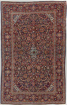 A rug, Kashan, ca 211 x 132 cm.