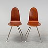 "Arne jacobsen, stolar, ett par, ""tungan"", fritz hansen, danmark, 1950-tal."