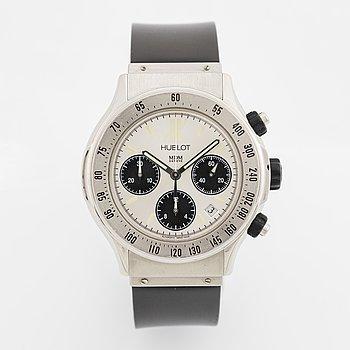 Hublot, MDM, Super B, chronograph, wristwatch, 42 mm.