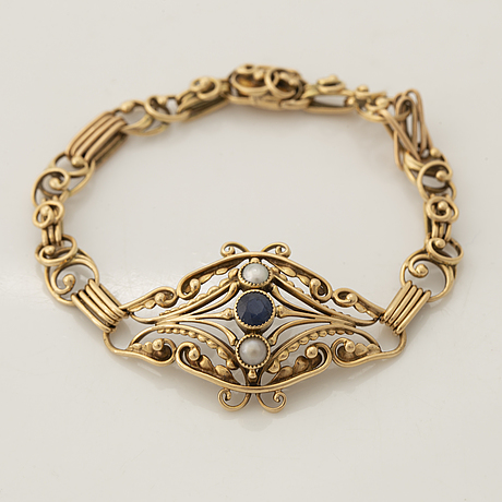 Gold, pearl and sapphire bracelet.