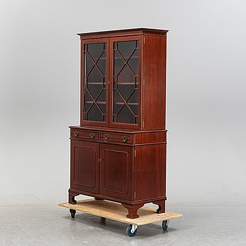 A George III style cabinet, 20th Century.