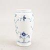 A royal copenhagen muselmalet halvblonde 1940s 51 pcs porcelain dinner service.