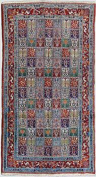 An Oriental carpet. Ca. 272x147 cm.