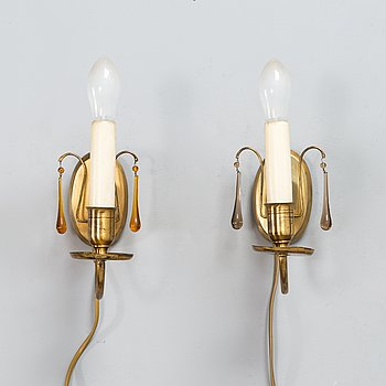 Paavo Tynell, a pair of wall sconces, model 7253, Taito 1930s.