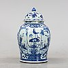 A chinese large blue and white porcelain jar with lid, 20th century.
