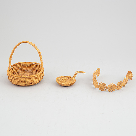 Three sami root items.