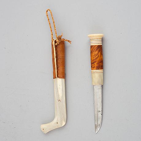 Tore sunna, a reindeer horn sami knife, signed.