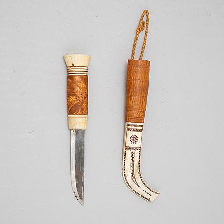 Esse poggats, a rendeer horn sami knife, signed.