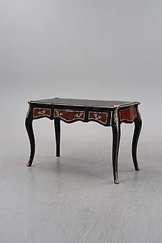 A Louis XV-style desk, second half of the 20th century.