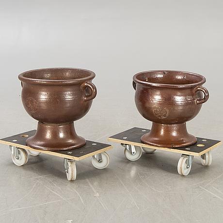 Signe persson-melin, 2 pcs, of salt glazed stoneware, campos filhos, portugal.