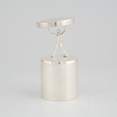 """Olle ohlsson, """"lyftet"""", silver."""