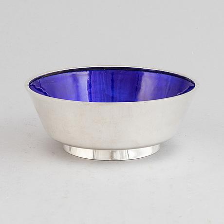 A finnish silver and enamel bowl, mark of a tillander, helsinki 1981.