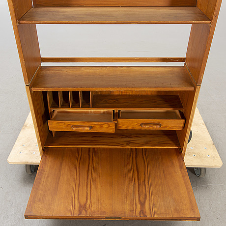 Göran malmvall, cabinet with shelf, second half of the 20th century.