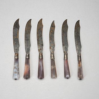 Six agate and steel dinner knifes, second half of the 19th century.