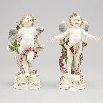 A pair of Meissen figurines, circa 1890.