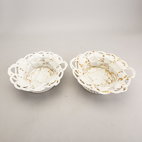 A pair of eisenberg porcelain bowls later part of the 19th century.