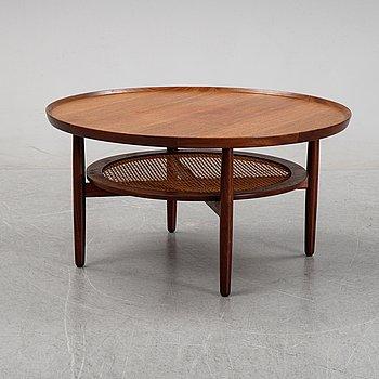 A teak veneered coffee table, 1950's/1960's.