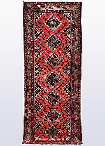 A runner, kurdistan, ca 299 x 105 cm.