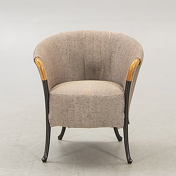 An Umberto Asagno Porgetti easy chair for Giorgetti Italy 1980s.